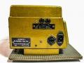 Binson Echorec T5E 6 knops Gold Plexi front 1957 op originele kofferplaat. Zijkant met typeplaatje, Power, spanning, zekering en aarding. Bovenin footswitch selectie echo direct of uitstervend uit.