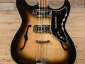 Burns Baldwin Vibraslim Bass 1966, body.