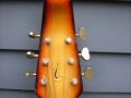 Burns Baldwin Archtop 706V Sunburst 1967, headstock front.