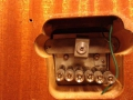 UK Build Burns Baldwin Virginian dec 1966 met tremolo, onderzijde Rezo-tube tremolo.