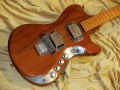 Burns Artist 6 string in natural mahogany finish met maple neck 1976, body.