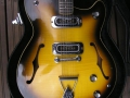 Burns GB66 Sunburst 1965, body.