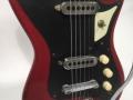 Burns Sonic 6 string gitaar 1960, Mahogany body met 2 Tri-Sonic pickups en switch bovenin.