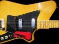 Burns-Weill Super Streamline RP2G 6 string 1959, body met Supersound tremolo (RP zijn de initialen van sessiongitarist Roy Plummer).