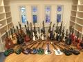 Historische Prive Collectie Burns gitaren, waaronder Proto Marvin en Shadow Bass MK2 S en een 4 PU Black Bison.