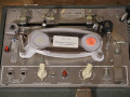 Echoplex EP-2 buis  ca. 1970, vanaf links footswitch, echorepeats,  record level preset, pilot, volume balance instrument en  echo volume,  SOS toggle, 1 input en roller ontspanner. Mid delay time, red reset button.