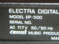 Electra EP-500  Dual Digital Delay 14Bit x2, made in Japan voor St. Louis Music Company,  typeplaatje met serienummer.