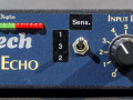 Opwaardering van deze Age-1 middels de Input Synsitivity switch 1-2-3, zoals bij de Age-One. Later op verzoek aangebracht door fabrikant.