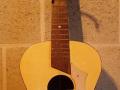 Egmond semi acoustic, Naturel, een der eerste, klankgat met label Egmond Freres. Met dank aan Lord Bizarre.