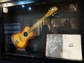 Toledo  Rosetti 276 van George Harrison in het The Beatles Story Museum in Liverpool.
