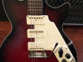 Flash versie Solid 7 met 3 pickups, type 3ES1 met TK1 tremolo en halspen 1966,  body front.
