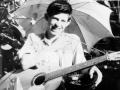 Keith Richards met zijn Egmond gitaar.
