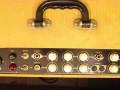 Egmond  V1831 18 watt  buizenversterker 1963 beige, display met 2 kanalen, 3 gitaar en 1 microfoon  + footswitch  Din inputs. Tremolo, volume-toonregeling.