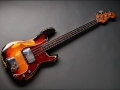 Seriemodel Fender Precision Bass Sunburst 1963.