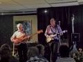 Bas- en slaggitarist van The Shadows Hearts, muziek uit de harten van deze liefhebbers, elkaar gevonden in de demoroom.