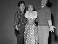 1959 Cliff zingt met Marion Ryan en Marty Wilde, zanger van de Wildcats.