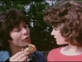 1973  Scene uit de film Take me High met Cliff Richard (als Tom Mattews) en Deborah Watling (als Sarah).