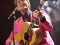Cliff Richard in concert in de Wembley Arena 2008.