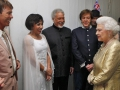 Queen Elizabeth II groet Cliff Richard, Shirley Bassey, Tom Jones en Paul McCartney na het Diamond Jubilee Concert in Buckingham Palace.,