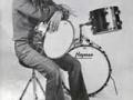 Brian Bennett met zijn Hayman drums.