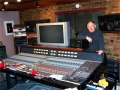 Brian Bennett in zijn Honeyhill Studio.