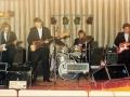 1986 april 8e Harmoniezaal 1e Goes back in time avond, met FBI in de oude bezetting met Sunburst Fenders. Links onder het programma voor 1987.