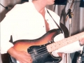 1986 september 9e Harmonie, 2e Back to the Fifties avond, bassist Tiny van Oers van The Shakin' Arrows.