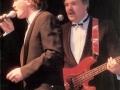 1990 september 17e Harmoniezaal avond, FBI een van de huisbands, Hennie vd Brink (Mike) zang en Hoss van Hardeveld bas.