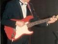 1990 september 17e Harmoniezaal avond, FBI een van de huisbands, Rob Hengeveld Rhythm gitaar.