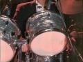 1990 september 17e Harmoniezaal avond, FBI een van de huisbands, Wim van de Water op drums.