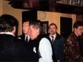 1996 maart 30e Motel Eindhoven. Ton Verhagen ontvangt Keith West en Alan Jones van Local Hero. Rechterhand Otto Kasper (Germ) glundert op de achtergrond.