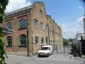 Rola (1934) koopt Celestion (1927) in 1947 en produceert in deze Ferry Works luidsprekersfabriek in Thames Ditton-Surrey. Deze fabriek is gesloten in 1965.