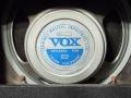 Celestion T.1304 speaker met Jennings label gebruikt voor Vox Defiant. .