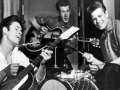 1958 Cliff Richard & The Drifters in hun 3e samenstelling met Ian Samwell, Harry Webb (Cliff) and Terry Smart.