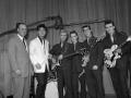 Cliff met The Drifters en Norrie Paramor. Tony Meehan op Ajax drumstel, Jet harris met Besson/Framus bas, Hank Marvin met Guatone Antoria lead en Bruce welch met Grimshaw SS de luxe rythm.