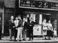 Een impressie voor de 2 i's Coffee Bar in London waar het allemaal begon.