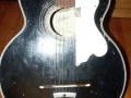 Framez Capinera acoustic jazz gitaar 1956, body front.