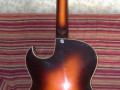 Framez Zimhermann Diamante, 1 pickup semi acoustiche jazz gitaar Sunburst 1955, body back.
