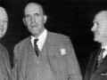 Captain Stanley R. Mullard M.D. (midden), met zijn co-directeuren TE Goldup (links) en LA Sawtell (rechts).
