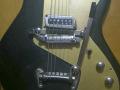 Meazzi Explorer gitaar uit de Hollywood serie 1965 Black, body front.