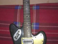 Meazzi Explorer gitaar uit de Hollywood serie 1965 Black, front.