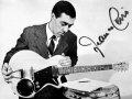 Gitarist Franco Cerri met de naar hem vernoemde Sonic gitaar.