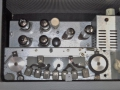 Meazzi Echorama PA 296 1961, eenvoudige echo mixer met eindtrap en 7 dikke weergavekoppen, zicht op bandloop.