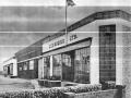 Het hoofdkwartier van Vox JMI waar het allemaal begon in 1946: (115 tot)119 Dartford Road, DA1 3EN Dartfort (Kent). Momenteel is er een tankstation, autoverhuurbedrijf en een accountantskantoor gevestigd.