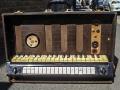 Jennings Univox Organ J6, houten toetsen.