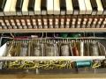 Jennings Univox Organ J7, houten toetsen en buizensectie 3x12AU7 (ECC82), 1x6AL6 en in het midden 1x12AX7 (ECC83) voor vibrato.
