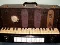 Jennings Univox orgeltje J7 uitgenomen.