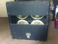 Jennings D4 100 watt half open cabinet met 4x12 inch Celestion Greenbacks.