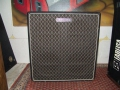 Jennings D4 cabinet voor V100 head, 4x12 inch, 100 watt power bij 4 ohm.