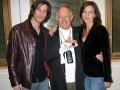 Brian Bennett met Ben en Thalia Marvin.